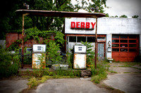 Abandoned Derby Gas station Historic Route 66